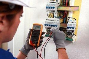 Introdução à Segurança em Instalações e Serviços com Eletricidade
