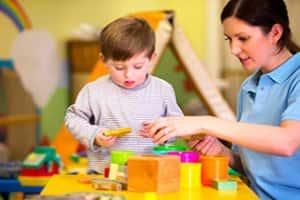 Auxiliar de Educação Infantil