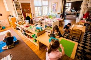 Linha Pedagógica Montessoriana